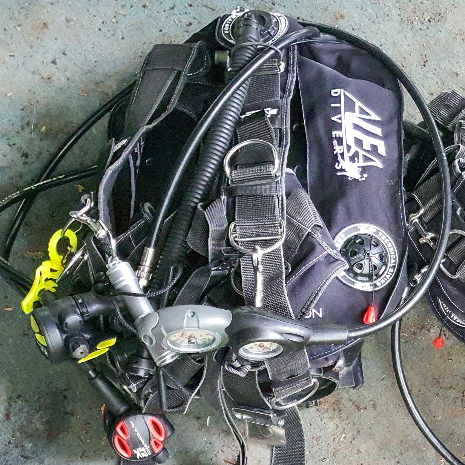 alea divers equipment bcd reg